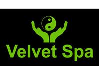Velvet Spa - Friday-Ad
