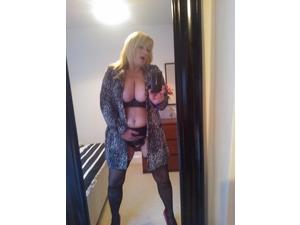 Mature 38dd 47 years⭐️⭐️ Girl ,GFE ,Sexy,Horny,Friendly,⭐️⭐️- in Basingstoke