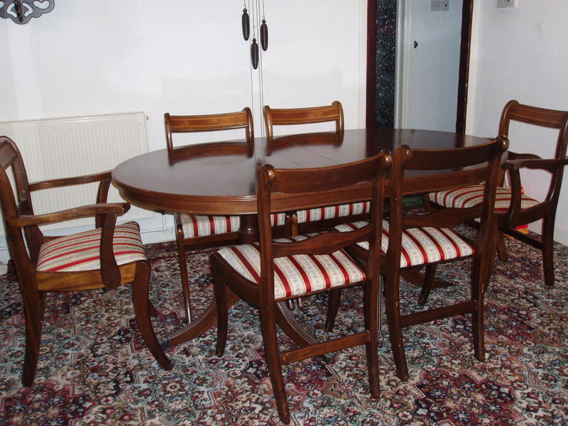 Regency Style Dining Table 2 Carvers And 4 Chairs In Bognor Regis Expired Friday Ad