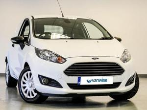 Ford Fiesta 2016 in Dunstable