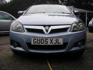 Vauxhall Tigra 2005