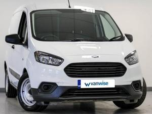 Ford Courier 2018 in Dunstable