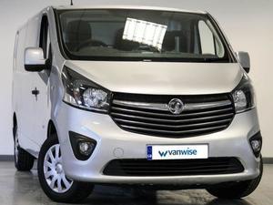 Vauxhall Vivaro 2017 in Dunstable