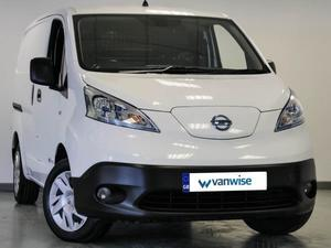 Nissan e-NV200 2016 in Dunstable