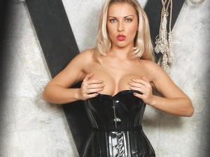 Call Your MISTRESS Now!  in Crawley