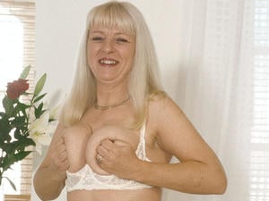 Granny Loves to Suck 09835 444 804  Only 61p per min in Swindon