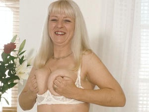 Granny Loves to Suck 09835 444 808   in Canterbury