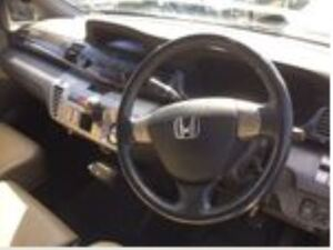 Honda FR-V 2008