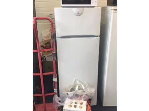 Indesit Fridge-Freezer in Hailsham