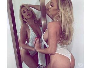Perfect blonde  incall&outcall in Crawley