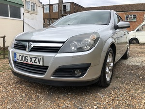 VAUXHALL ASTRA  ONLY 70,000 MILES