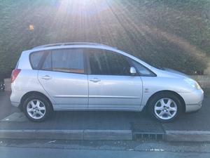 Toyota Corolla Verso 2003