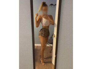 PARIS  SEXY NEW PARTY GIRL! OUTCALLS  in Luton